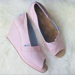 Toms Pink Petal Grosgrain Wedges Size 8.5